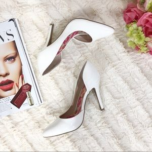 JUICY COUTURE D'ORSAY PUMP IN WHITE